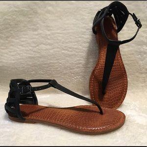 Gianni Bini Black Thong Sandals, size 8